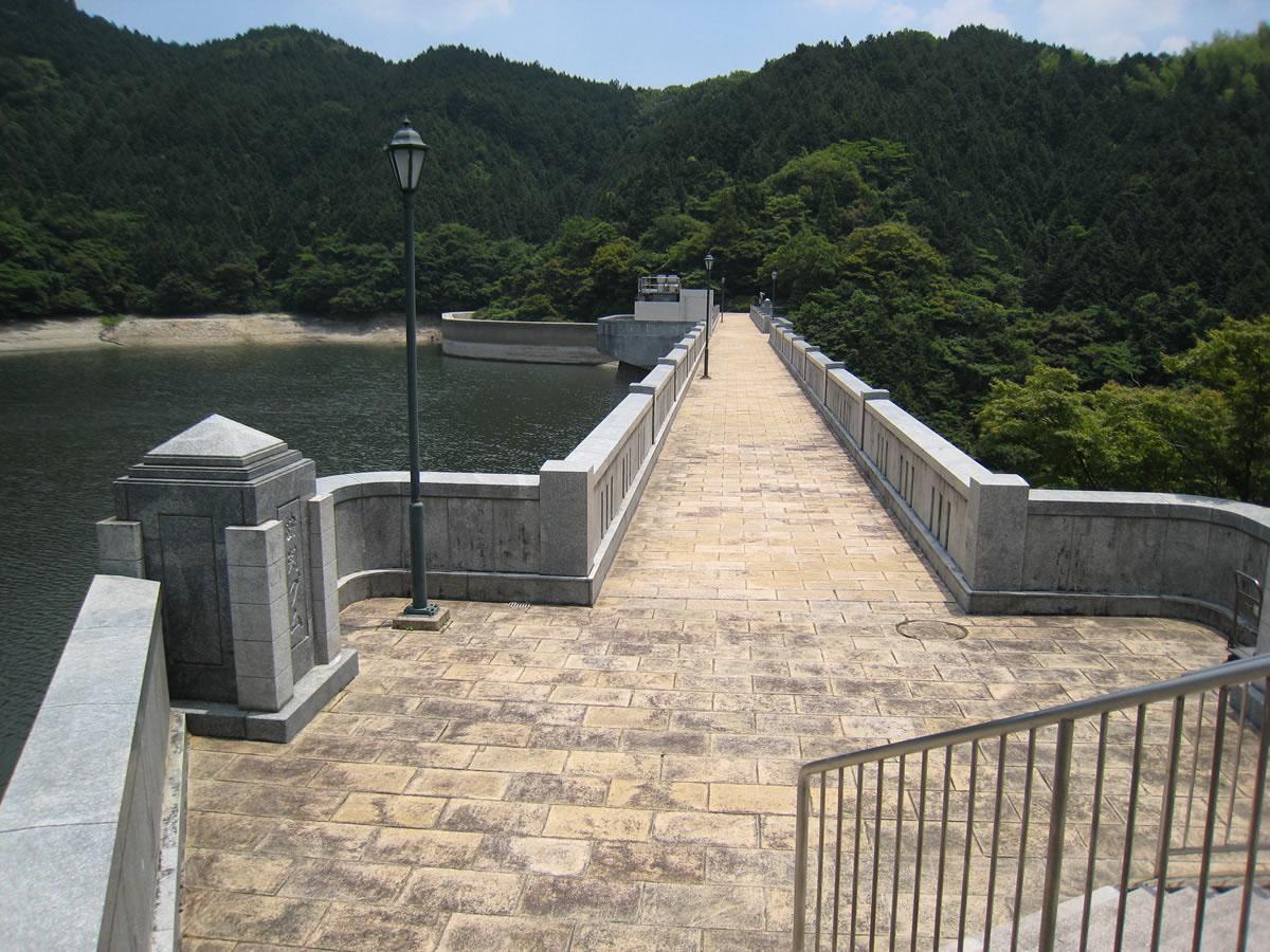 曲渕水源地水道施設(曲渕ダム) | 文化財情報検索 | 福岡市の文化財